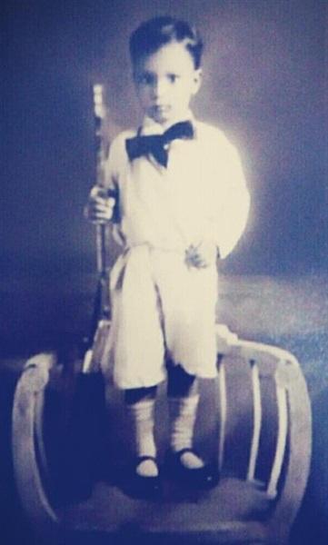 أحمد عبود الزمر في طفولته