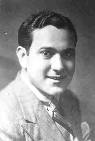 الإذاعي عثمان أباظة