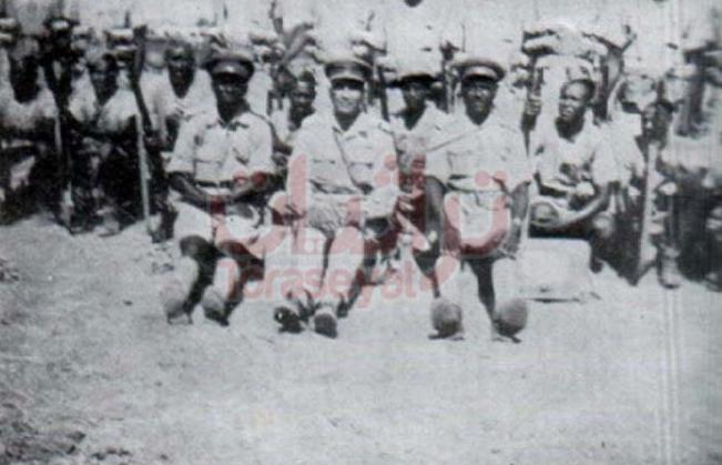 محمد نجيب وبعض الضباط في فلسطين يوم عيد الفطر