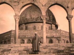 محمد الفاضل بن عاشور في القدس