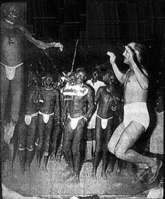 الصاغ صلاح سالم بجنوب السودان يناير 1953 يرقص مع القبائل