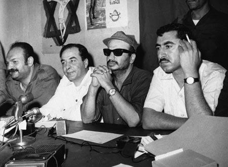 مؤتمر صحفي لنايف حواتمة وياسر عرفات وكمال ناصر في عمان في مطلع عام 1970