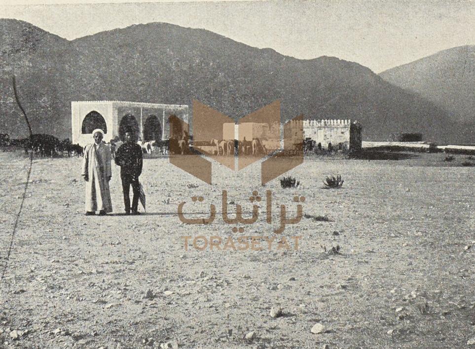مسجد السيدة عائشة بمنطقة المحصب في الحجاز وقد تغير اسمه لمسجد التنعيم الآن