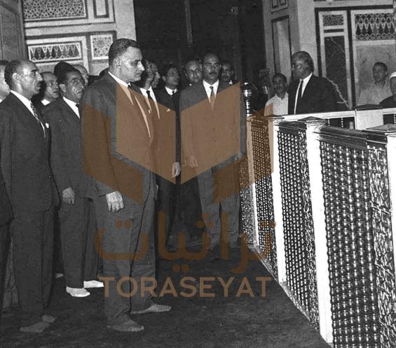 عبدالناصر عند ضريح الحسين باحتفال المولد النبوي في 19 يونيو عام 1967م