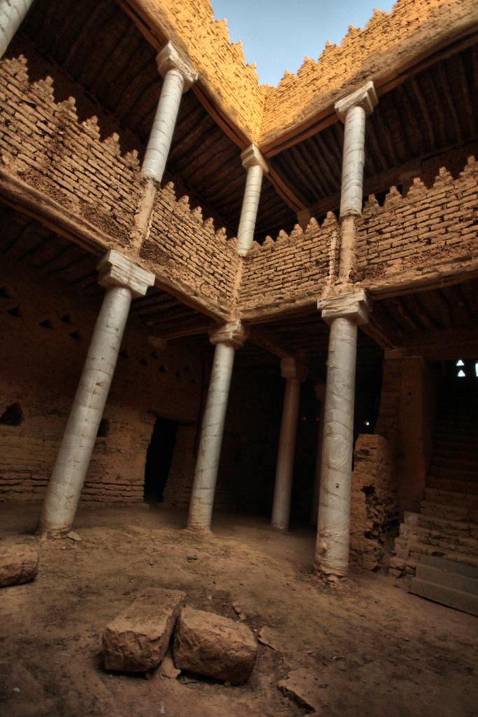 قصر سلوى المكان الذي شهد قتل عبدالعزيز بن محمد بن سعود
