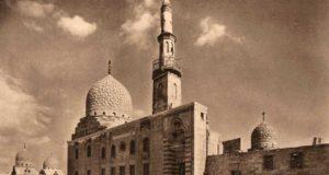 مسجد ومدرسة قايتباي زمن احتفال المولد النبوي زمان