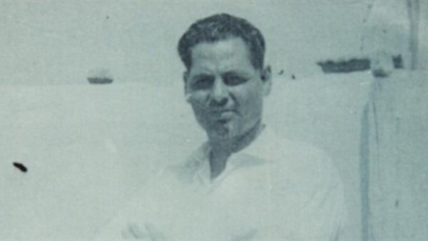 الشاعر أحمد مخيمر