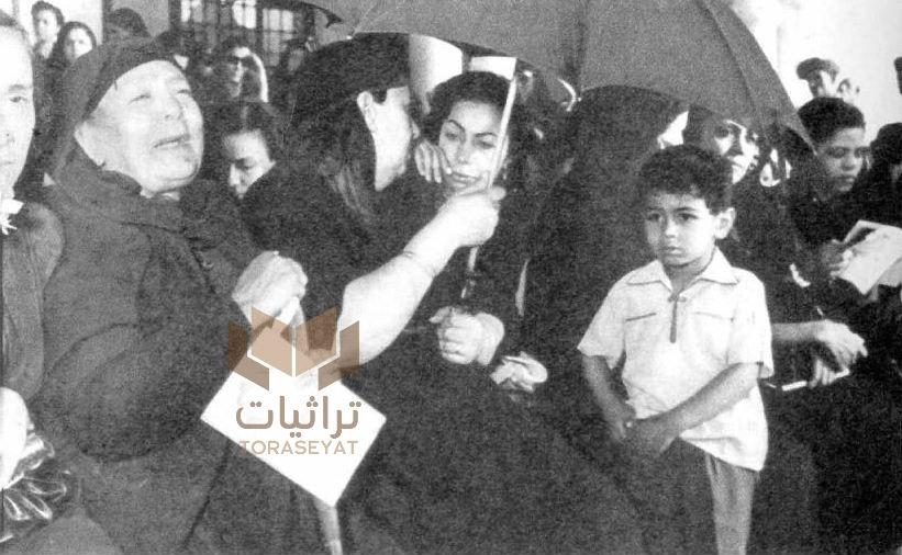 أسر الشهداء في استقبال محمد نجيب