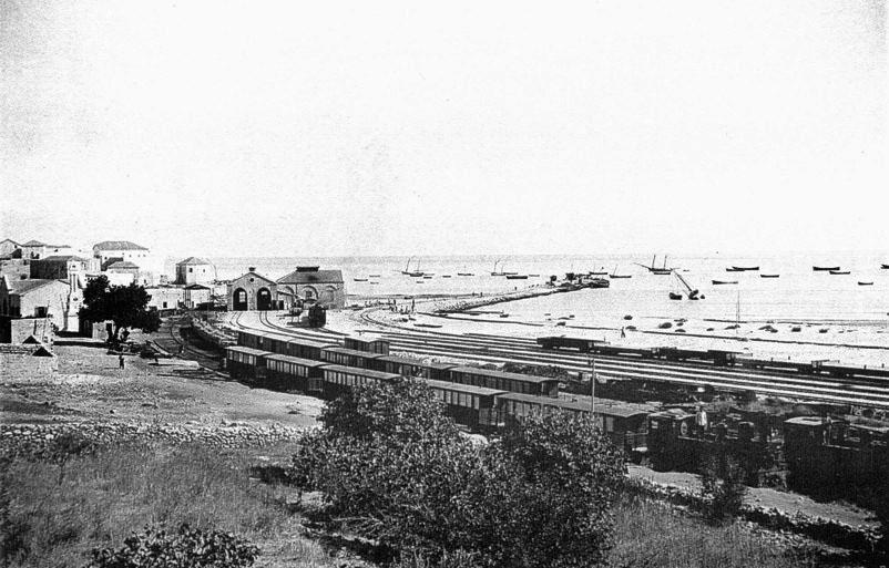 رصيف محطة سكة حديد الحجاز في حيف