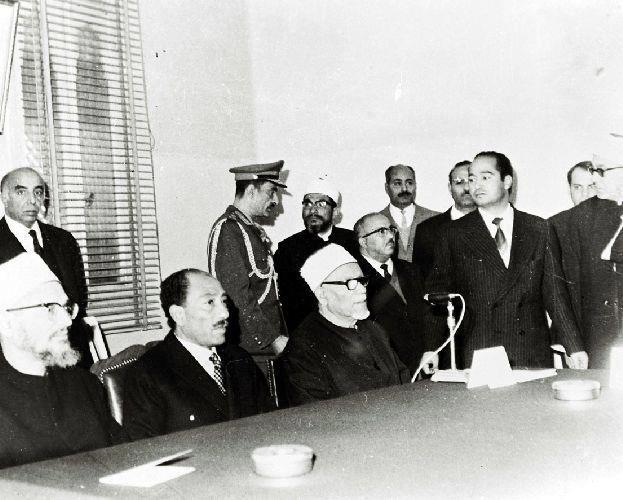 السادات بين شيخي الأزهر الفحام وعبدالحليم محمود