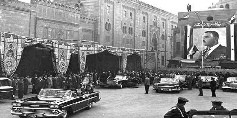 لافتة جمال عبدالناصر أمام الأزهر