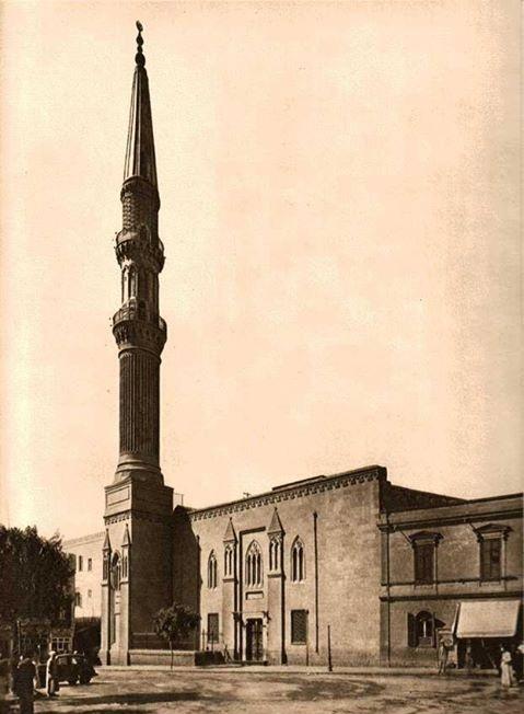 مسجد الحسين في القاهرة عام 1873 م