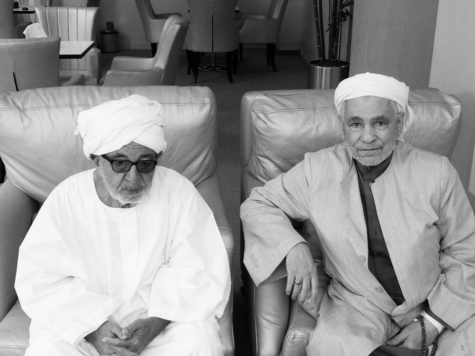 الشيخ أحمد محمد الحافظ التجاني والشيخ أحمد موسى زين العابدين