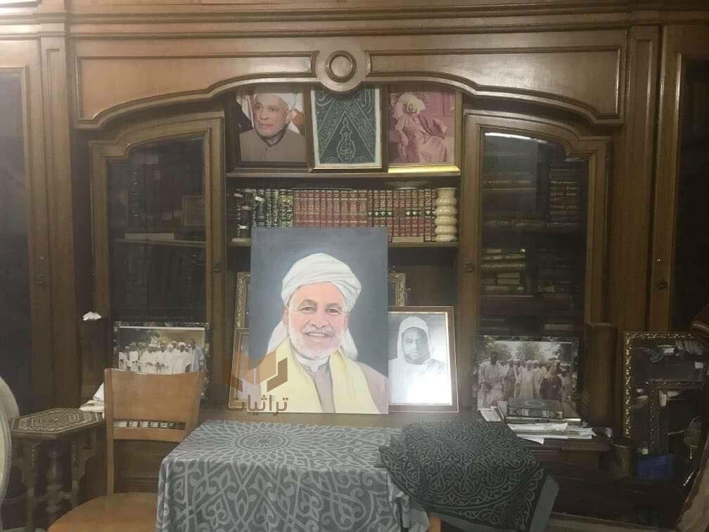 مكتبة الشيخ أحمد محمد الحافظ في منزله