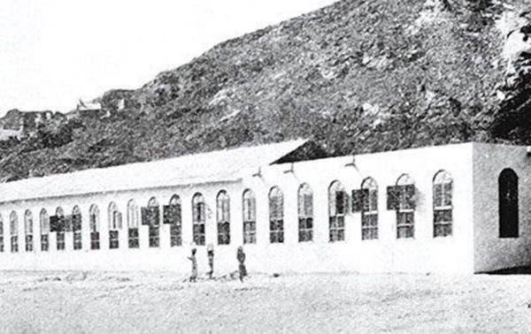 أول مصنع للكسوة في السعوديةأول مصنع للكسوة في السعودية